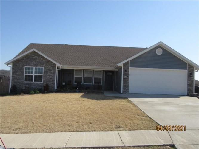 1481 General Parson Drive, Prairie Grove, AR 72753