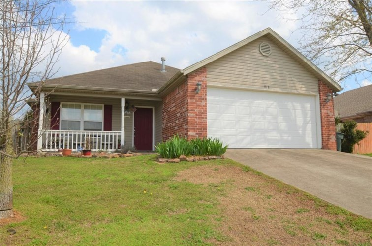 818 Eastview Drive, Fayetteville, AR 72701