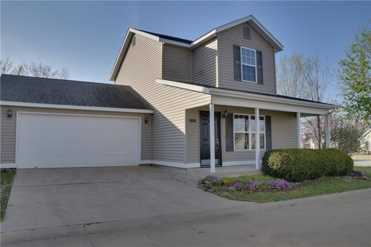 4302 W Cottage, Fayetteville, AR 72704