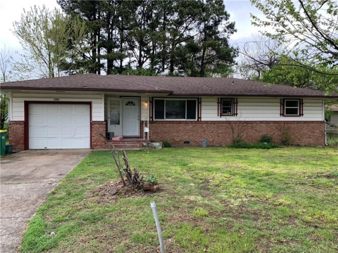 1702 Theodore Drive, Springdale, AR 72762