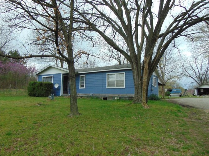 1206 and 1208 N Springfield Street, Berryville, AR 72616