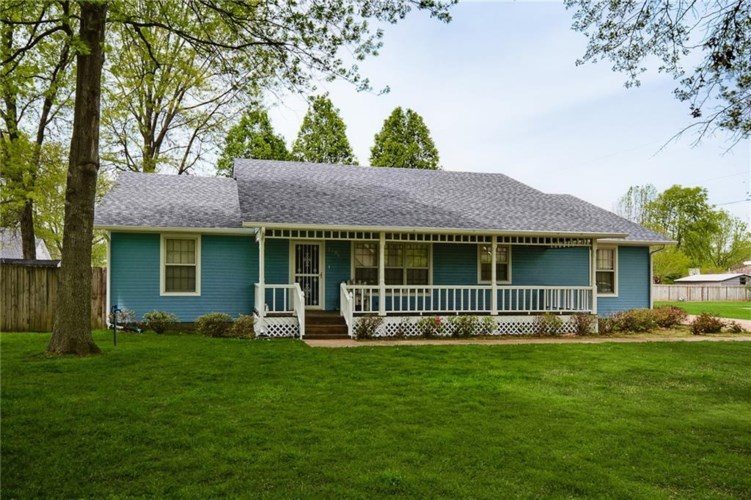 3406 West Drive, Rogers, AR 72756