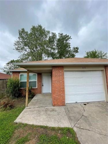672 Martha Drive, Fayetteville, AR 72703
