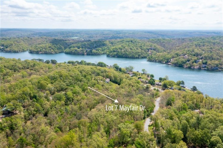 Mayfair Drive, Bella Vista, AR 72715