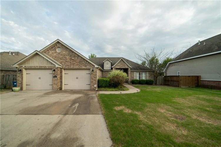 3505 Briar Creek Avenue, Bentonville, AR 72713