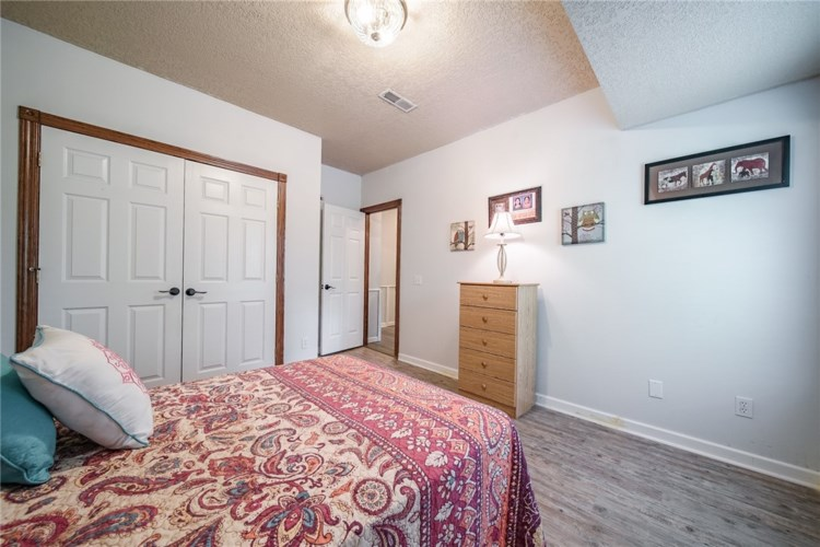 207 Clement Road, Seligman, MO 65745
