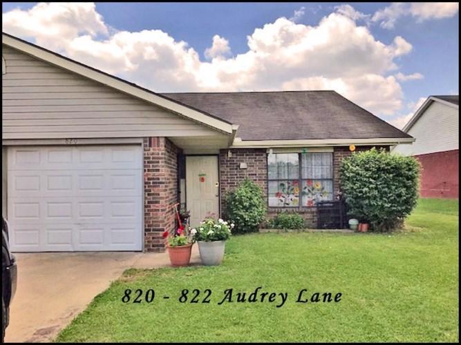 820-822 E Audrey Lane, Rogers, AR 72758