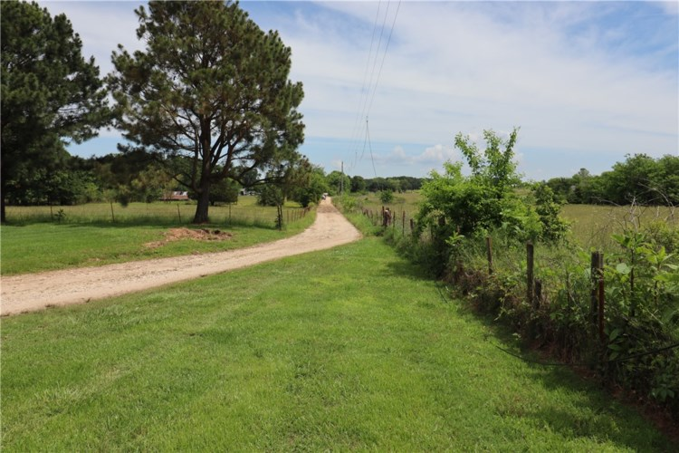 20807 Highway 62, Lincoln, AR 72744