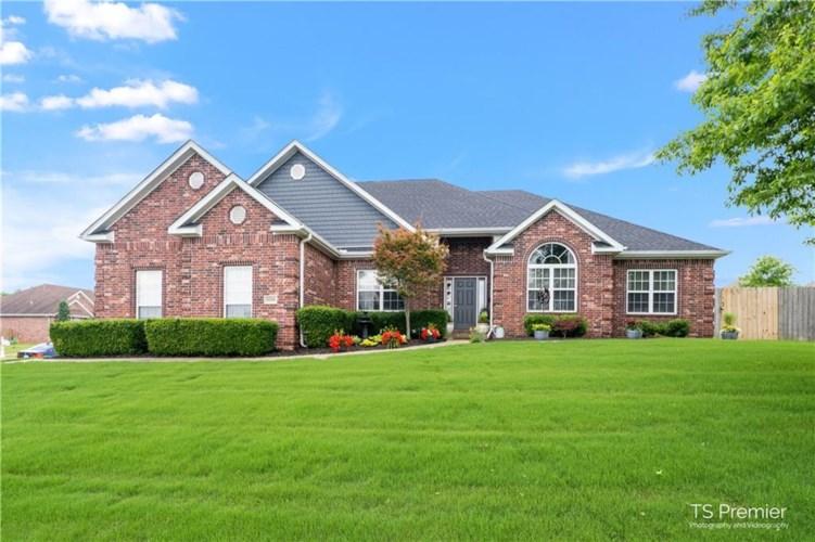 6299 W Greens Chapel Road, Fayetteville, AR 72704