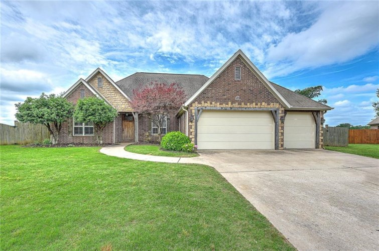 4128 Willow Bend Drive, Rogers, AR 72758