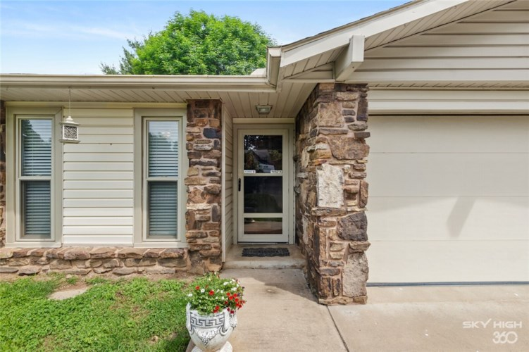 2503 Marquette, Rogers, AR 72758