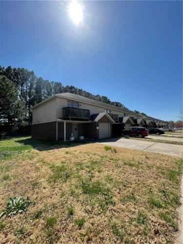 2217 W Skyler Drive, Fayetteville, AR 72704