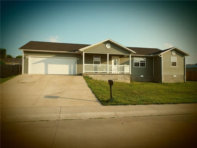 404 Paradise Heights Drive, Berryville, AR 72616