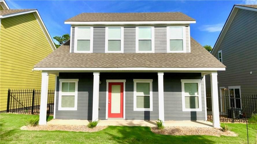 1710 N Izard Lane, Fayetteville, AR 72704