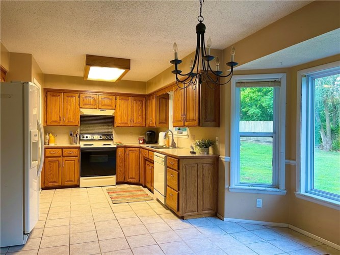 624 Russell Road, Rogers, AR 72756