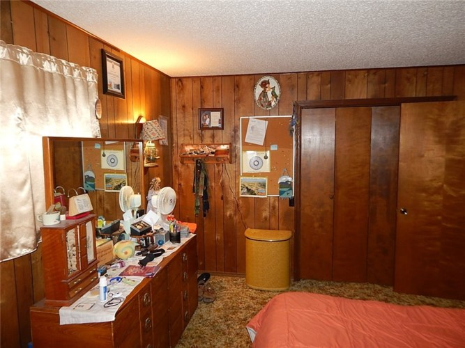 304 S Thorne Avenue, Green Forest, AR 72638