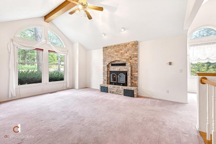8165 Old White River Road, Rogers, AR 72756