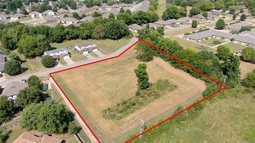 2.2 acre (Lot 17) W Rainsong Street, Farmington, AR 72730