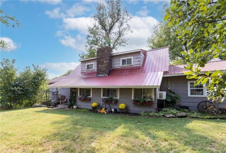 14083 Kettle Springs Road, Prairie Grove, AR 72753