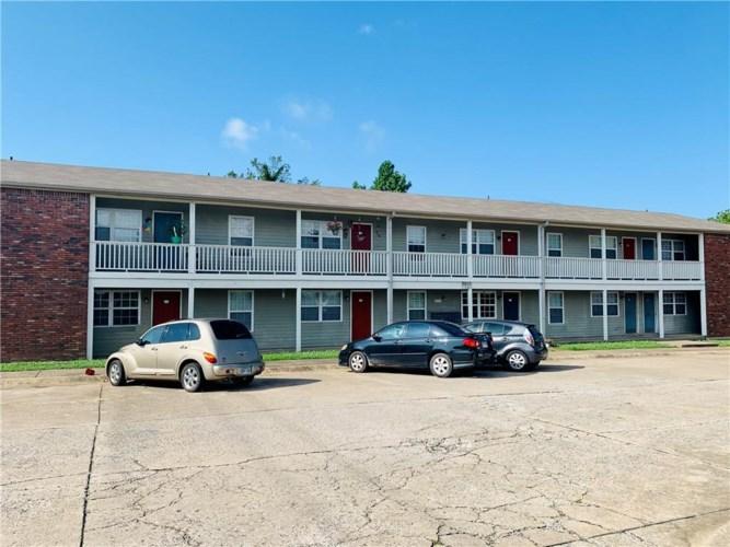 1810 W Twin Springs Street  #3, Siloam Springs, AR 72761