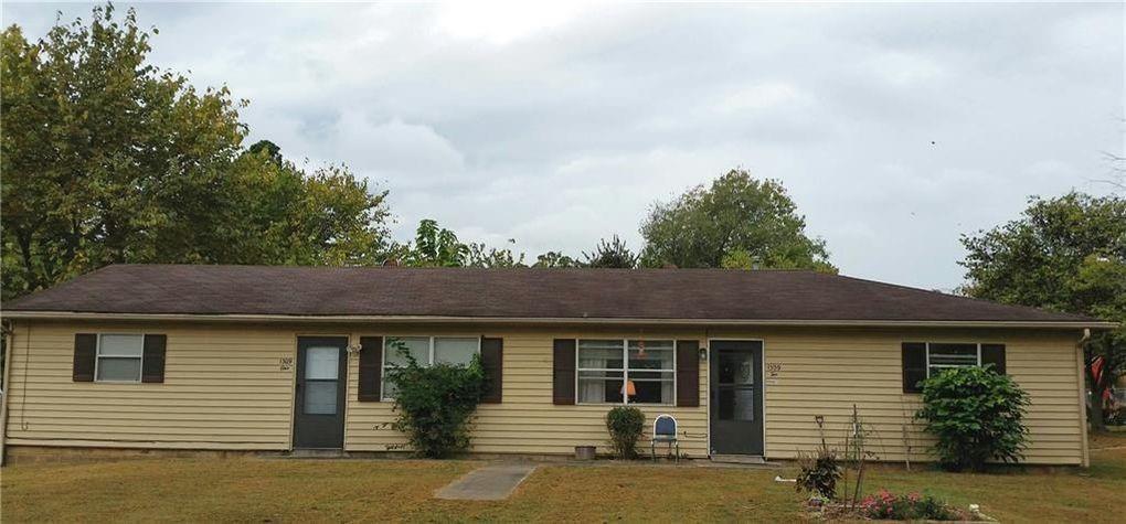 1309 S Washington Avenue, Fayetteville, AR 72701