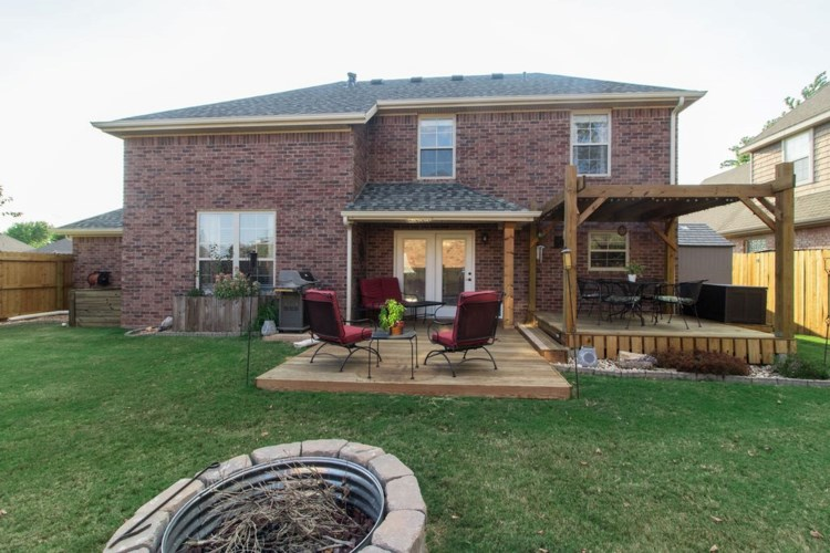 2211 S 18th Place, Rogers, AR 72758