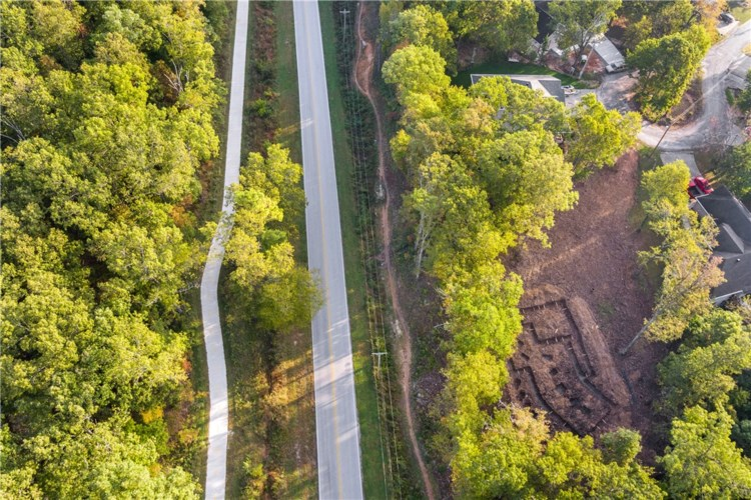 7 Ancroft Lane, Bella Vista, AR 72714