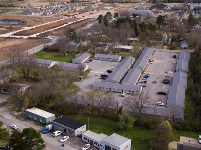 741 S Morningside Drive, Fayetteville, AR 72701