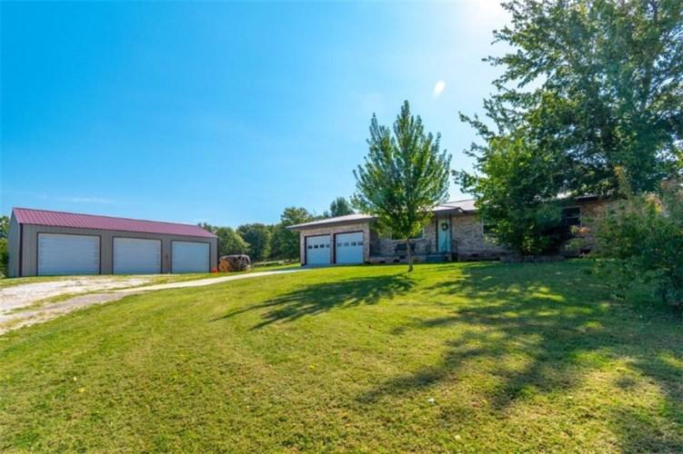 16025 Frank James Road, Fayetteville, AR 72701