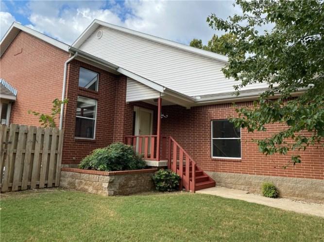 1838 N Pointer Lane, Fayetteville, AR 72701