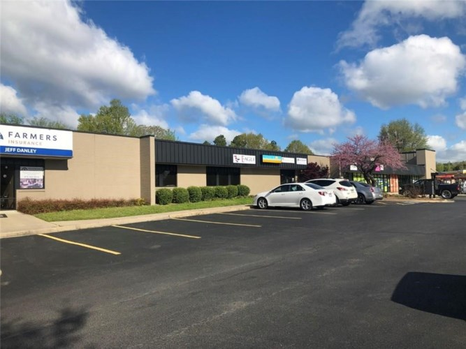 2907 Joyce Boulevard  #9, Fayetteville, AR 72703