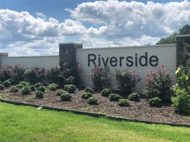#59 Riverside Estates, Fayetteville, AR 72703
