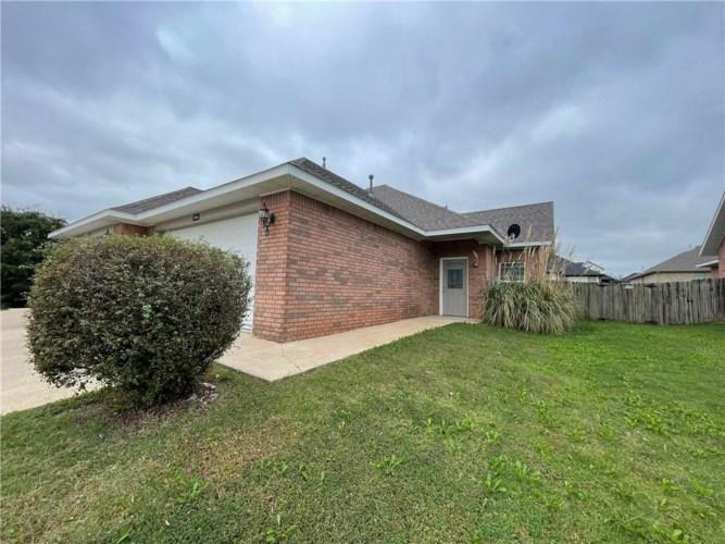 663 Appleridge Drive, Centerton, AR 72719