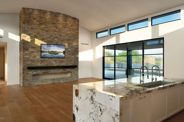11355 E APACHE VISTAS Drive, Scottsdale, AZ 85262
