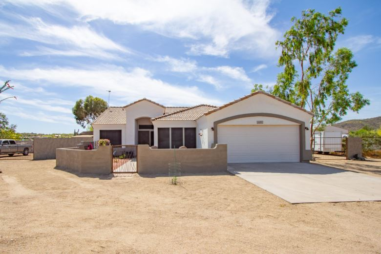 49520 N 8TH Avenue, New River, AZ 85087