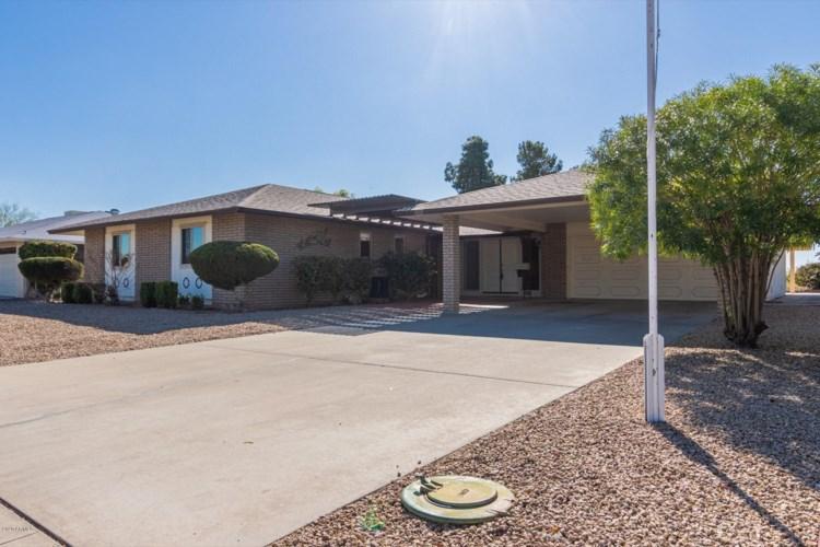 9915 W PINEAIRE Drive, Sun City, AZ 85351