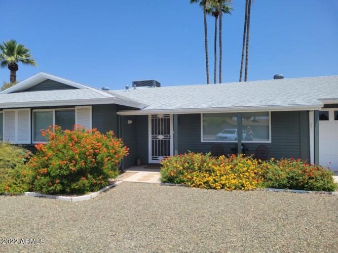 12047 N SAINT ANNES Drive, Sun City, AZ 85351