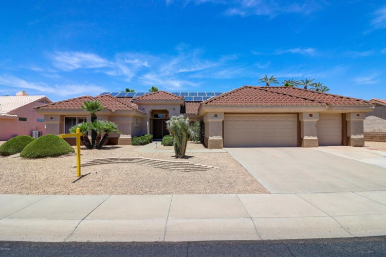 21807 N MONTEGO Drive, Sun City West, AZ 85375