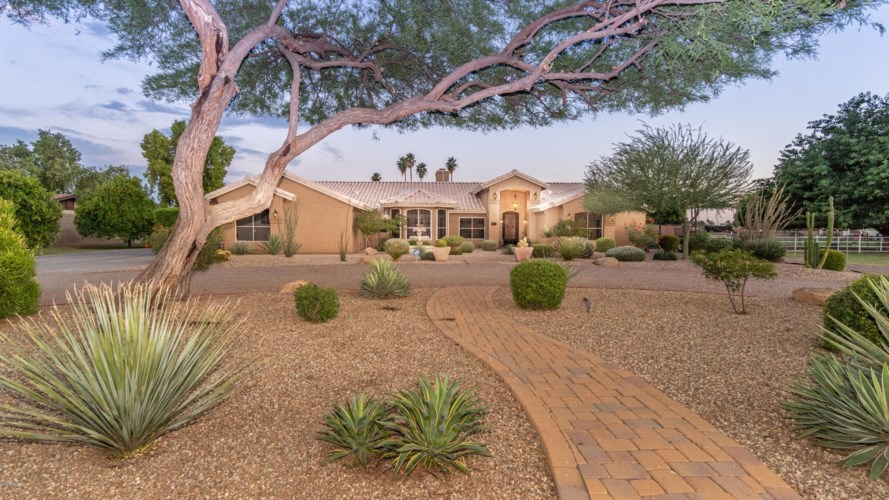 5141 W CINNABAR Avenue, Glendale, AZ 85302