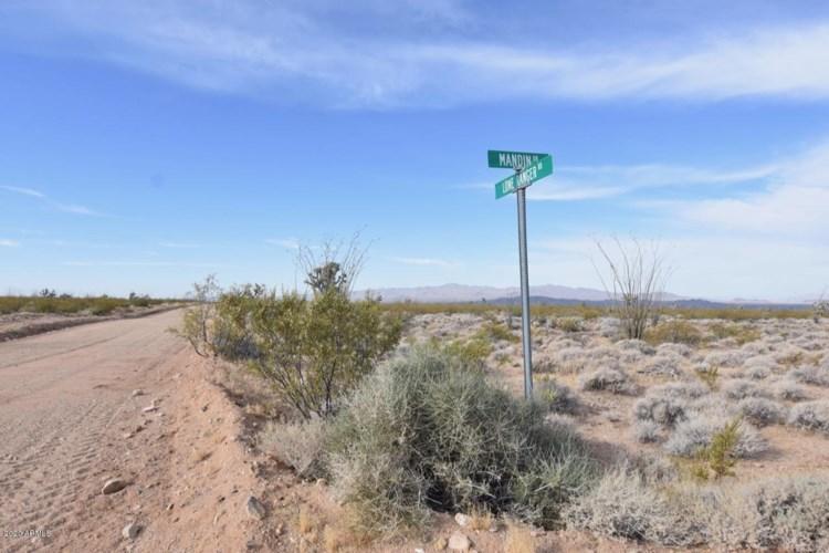 3495 S Lone Ranger Road, Yucca, AZ 86438