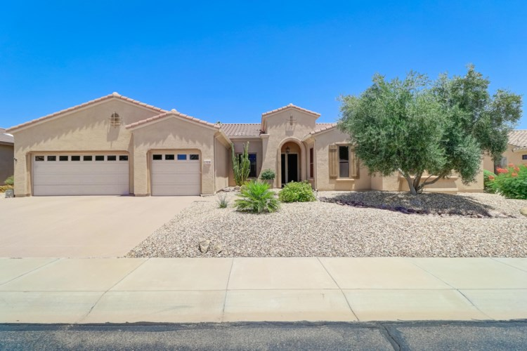 17018 W LINKS Drive, Surprise, AZ 85387