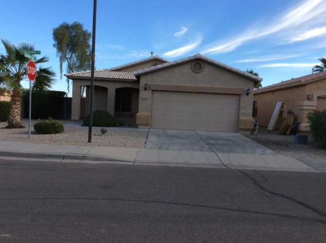 535 E CHEYENNE Road, San Tan Valley, AZ 85143
