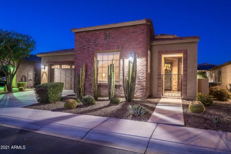 824 E LADDOOS Avenue, San Tan Valley, AZ 85140
