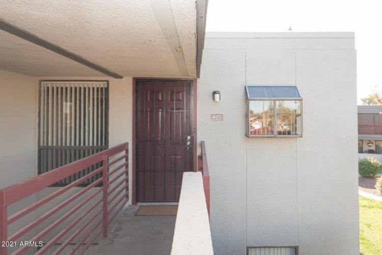 3420 W DANBURY Drive  #C232, Phoenix, AZ 85053