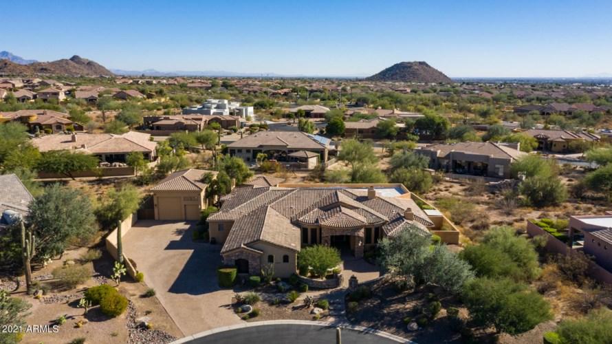 8253 E KRAMER Circle, Mesa, AZ 85207