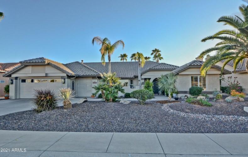 14703 W RAVENSWOOD Drive, Sun City West, AZ 85375