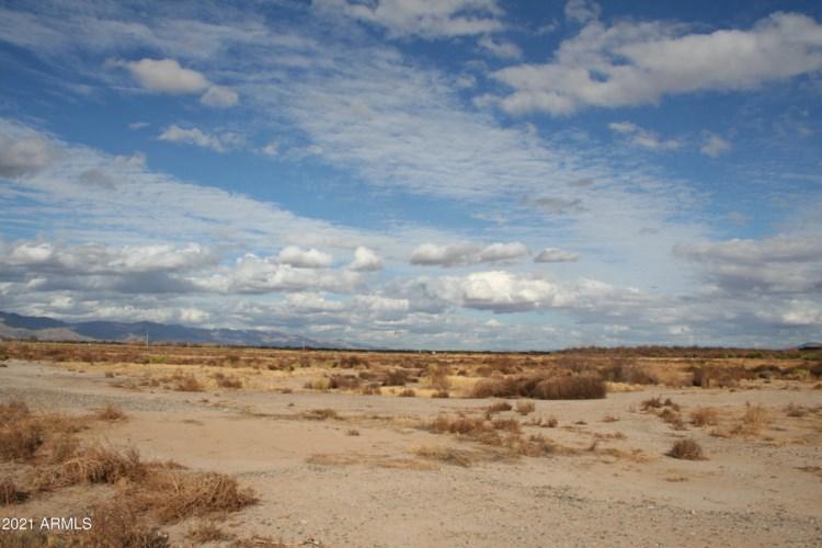 713XX E Santa Fe Avenue, Wenden, AZ 85357