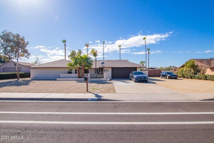 5933 W GROVERS Avenue, Glendale, AZ 85308