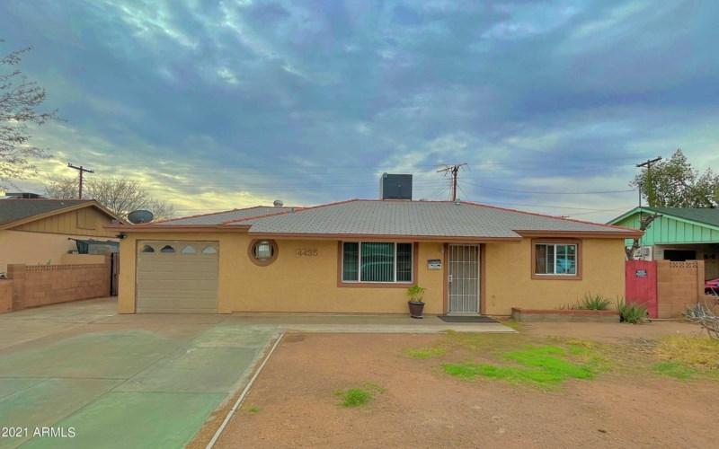 4435 W WELDON Avenue, Phoenix, AZ 85031