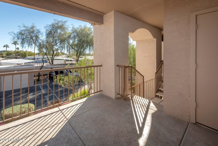 17017 N 12 Street, Phoenix, AZ 85022